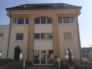 10 rue Antoine Jans Exterior Entrance 300x225